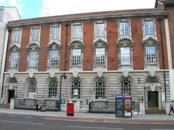 Borough Post Office, Borough High Street.jpg