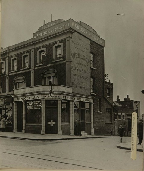 The Alexandra pub, Canal Bridge, Old Kent Road..jpg