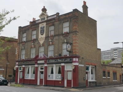 70 Elsted Street. The Huntsman and Hounds reopened on 4th August 2016 having been closed since 2013.jpg