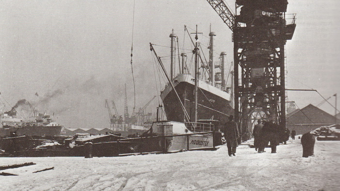 Greenland Dock in the late 1950s.jpg