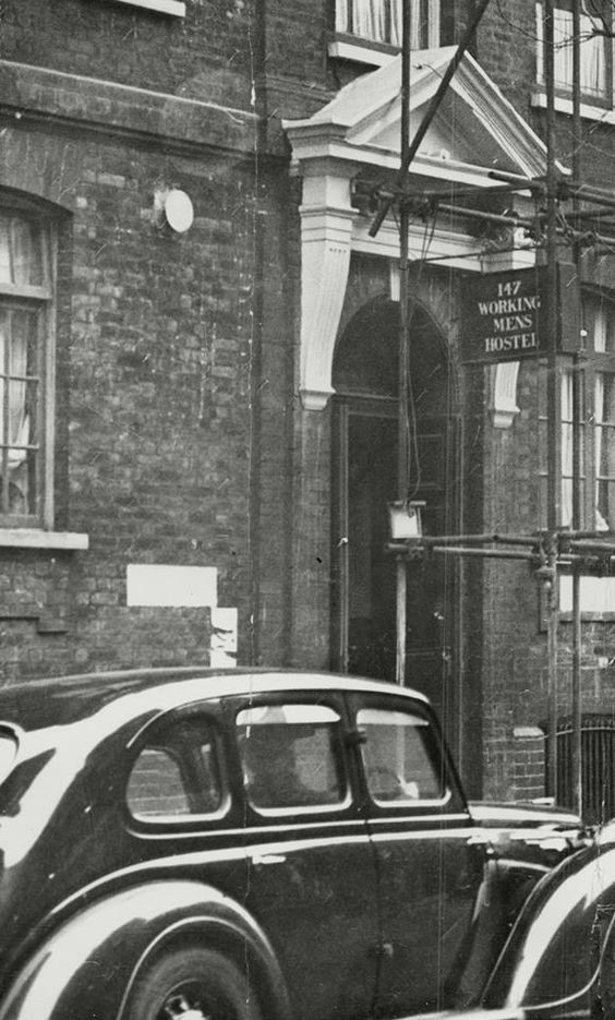 Tooley Street, Bermondsey, Working Mens Hostel Club..jpg