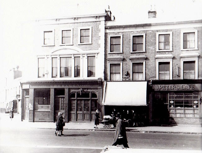 Southwark Park Road, Blue Anchor Pub c1950  X.jpg