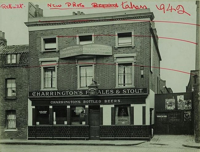 White Horse, 297 Rotherhithe Street, Rotherhithe - in 1929.jpg
