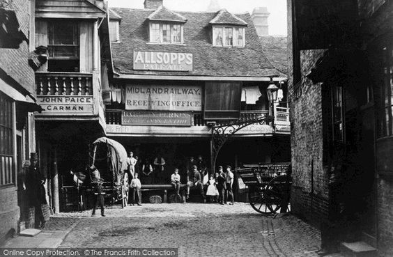 Borough High Street, Talbot Inn, Southwark c1870. 1 X.jpg