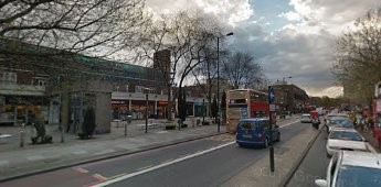 Jamaica Road Bermondsey in 2016. Between Southwark Park Road left and Drummond Road right..jpg