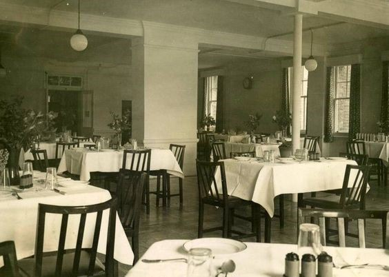 Lower Road,the Nurses Dining Room at St Olaves Hospital Rotherhithe in 1948.jpg