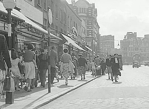 From the Film Adventure in the Hopfield's, 1954. London Road and the Elephant & Castle Hotel beyond..jpg