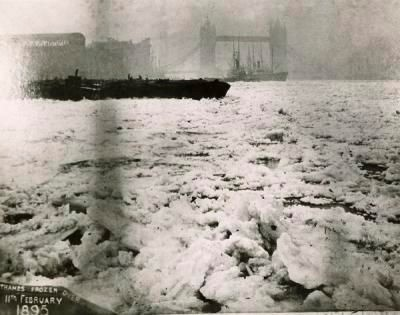 The Thames frozen at Rotherhithe with Tower Bridge in the distance. 11 Feb 1895..jpg