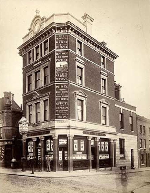 The Feathers was situated at 6 Dockhead. C1880s.jpg