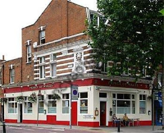 ST GEORGES ROAD, c2013. Prince of Wales Pub.jpg