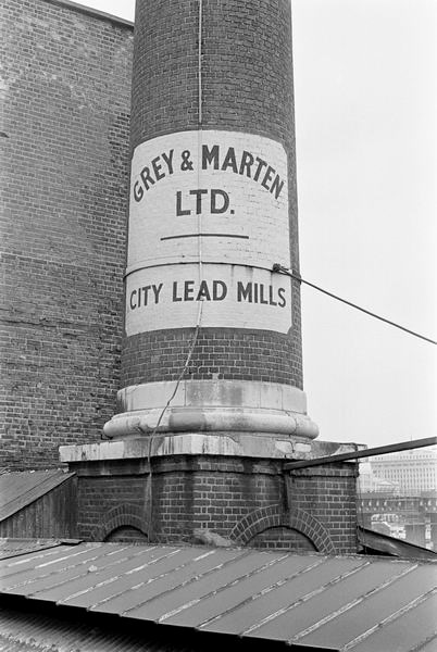 Southwark Bridge Road, Grey & Martin's City Lead Mills 1978.jpg