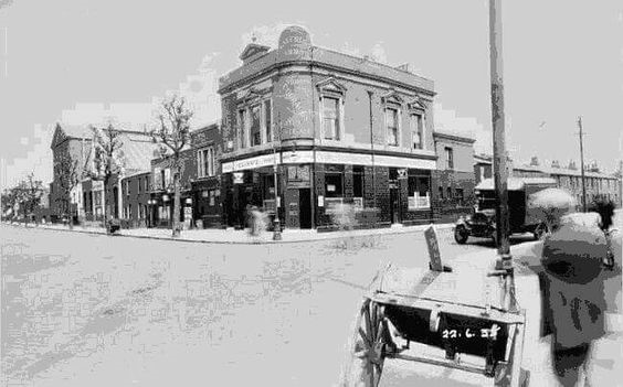 Lomond Grove, CamberweIl, going right, Waterloo Arms Pub c.1955.New Church Road to the left..jpg