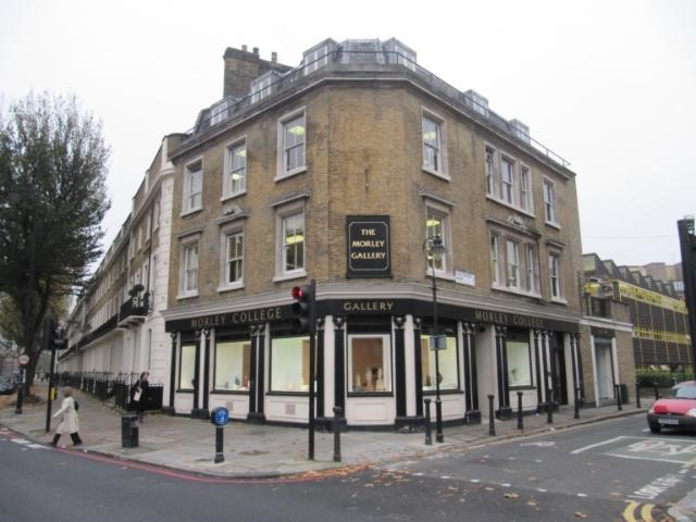 The Kings Arms was situated at 147 St Georges Road and is now used as an art gallery, corner of King Edward Walk right..jpg