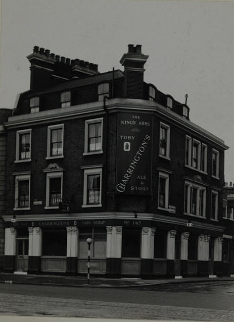 Kings Arms, 147 St Georges road, Southwark St George Martyr SE1.jpg