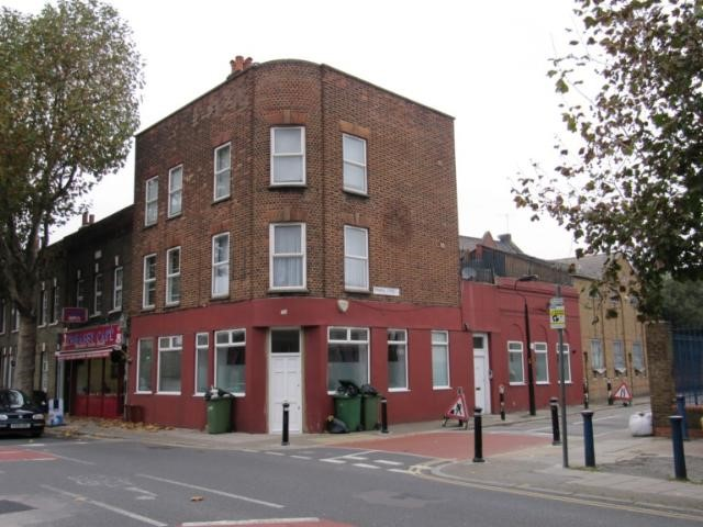 The Earl Of Derby was situated at 185 Grange Road.jpg