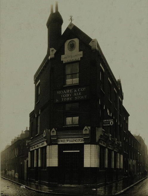 Lord Wellington, 132 Weston Street, Bermondsey SE1.jpg