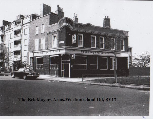 THE BRICKLAYERS ARMS PUB, WESTMORELAND ROAD,SOUTHWARK..jpg