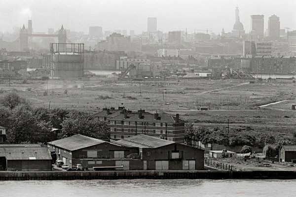 Surrey Docks Rotherhithe, 1970's..jpg