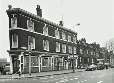 Lower Road, Merry Cricketers Pub c1973.  X.png