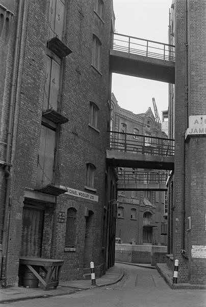 Rosings' Wharf (once part of West Kent Warehouses) and St Mary Overy's Wharf, Southwark, 1978.jpg