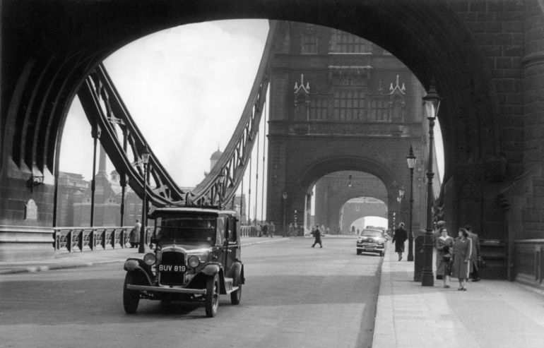 Tower Bridge 1950.  X.png