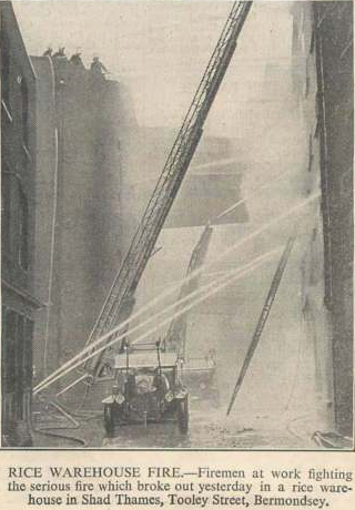 Shad Thames Tooley Street Bermondsey, 1936 Rice Warehouse Fire.  X (2).png