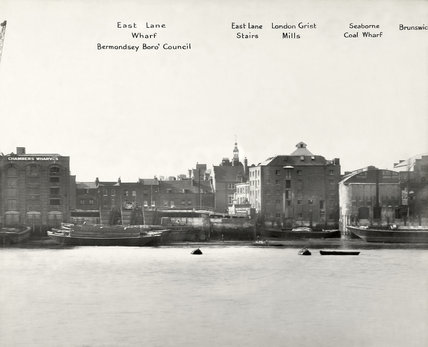East Lane Wharf,Rotherhithe,1937.   X.png