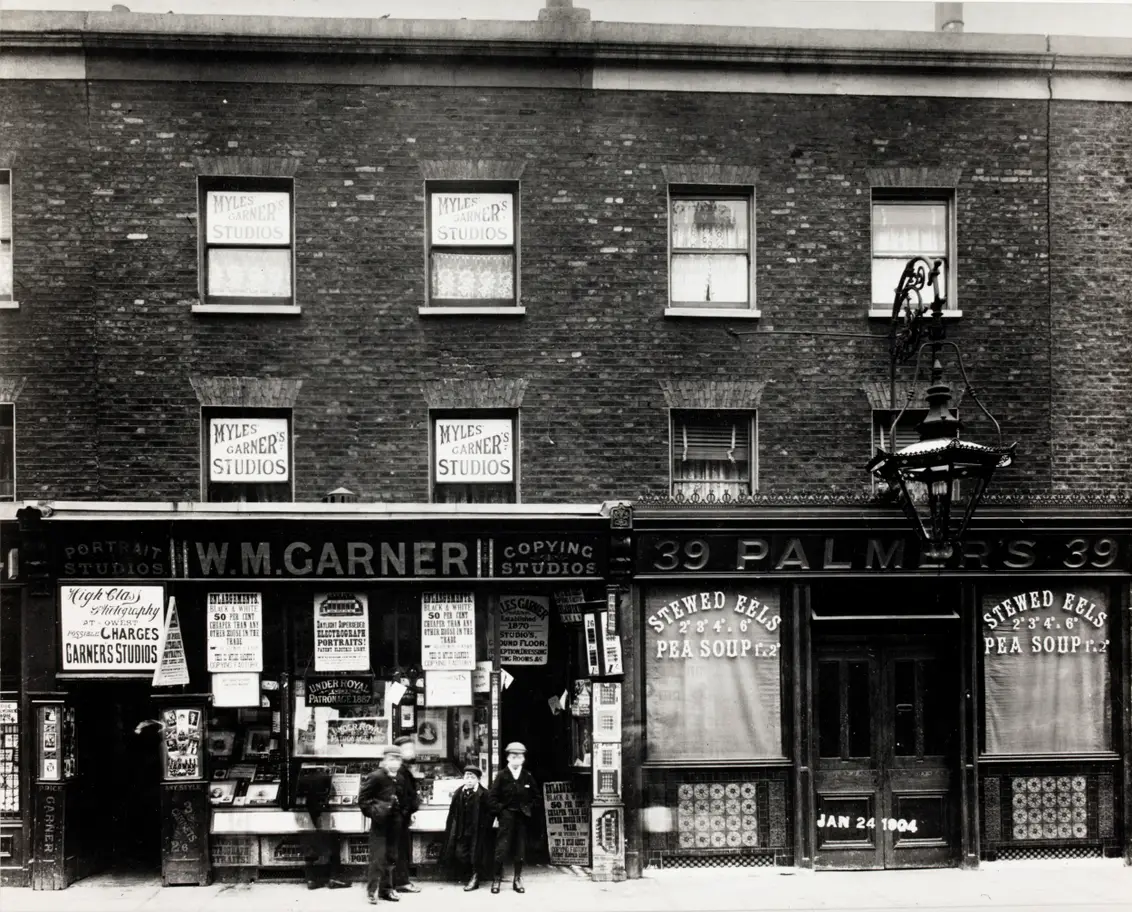 London Road,Elephant & Castle.1904.  X.png