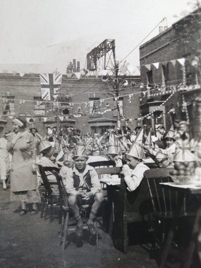Cranham Road Bermondsey, VE Day Street Party  at end of WW2 in 1945.  X.png