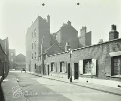 Great Suffolk Street,Queens Court. c1914, now Grotto Court 2020.  X.png