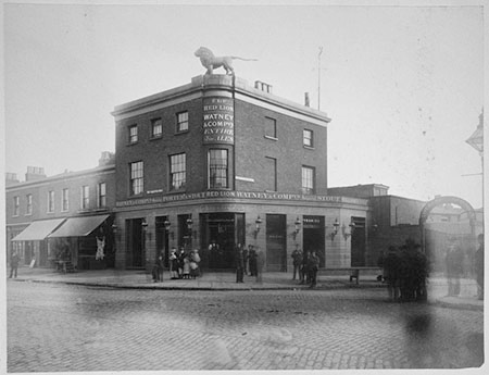 Lower Road, Red Lion Pub, c1880s.  X.png