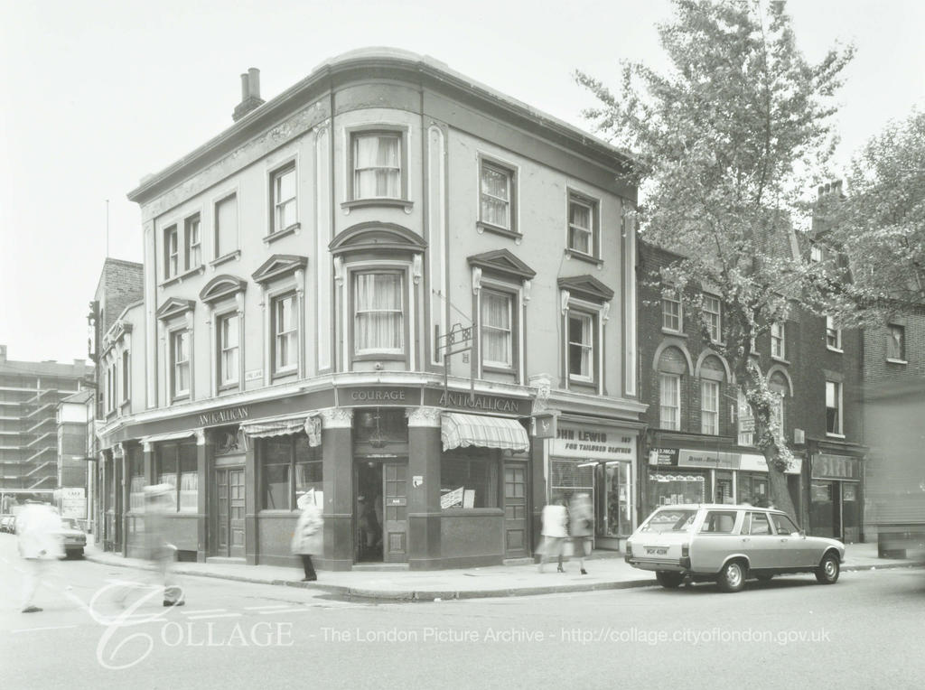 Tooley Street c1980, Antigallican Public House.  X.png