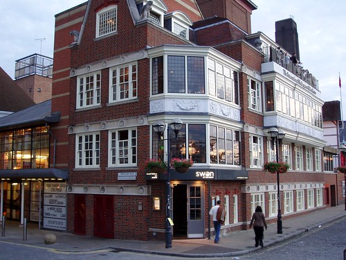 Bankside, New Globe Walk, Swan at the Globe Pub, formally the Welsh Trooper c2019, was renamed in the mid-1990s. X.png