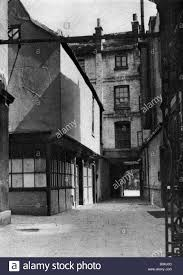 Borough High Street,Calverts Building  Courtyard 1926-27.  X.png