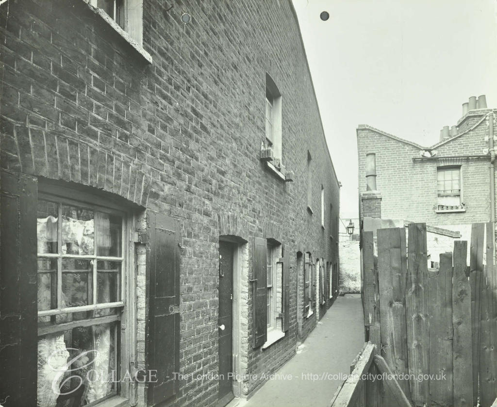 Paragon Alley,Webb Street, Nos.11-14, 1914.  X.png
