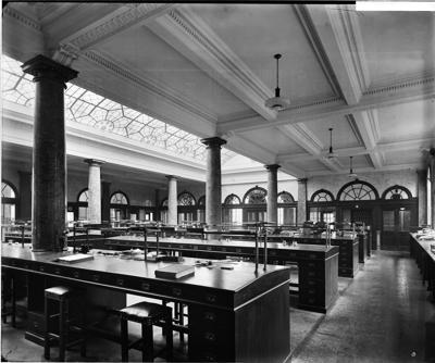 Tooley Street 1922. Interior view of the General Office in the Mark Brown's Wharf office building.  X.png