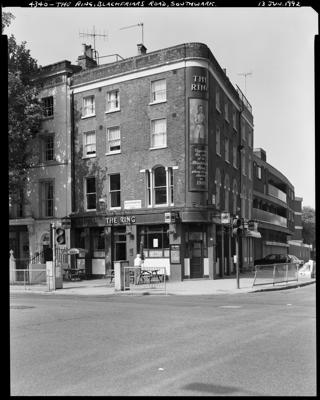 Blackfriars Road, Southwark, 1992. The Ring Pub.  X.png