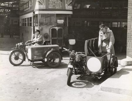 Camberwell Garage, Southwark SE5, 1940.  X.png